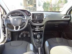 Peugeot 208 Allure 1.6 e-HDi 92ch FAP BVM5