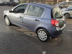 Renault Clio 3 Authentique 1.2 16V 75 eco2